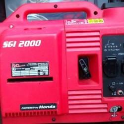 GENERATORE DI CORRENTE HONDA SGI 2000 SX €800 Generatore di...