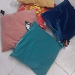 Lotto unico cuscini 10 pezzi €25 - La boutique di...