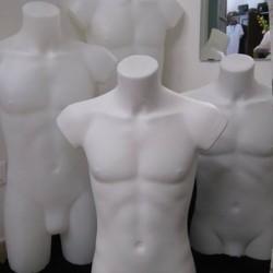 Manichini uomo 1/2 busto €15 - Corchiano Manichini in plastica...