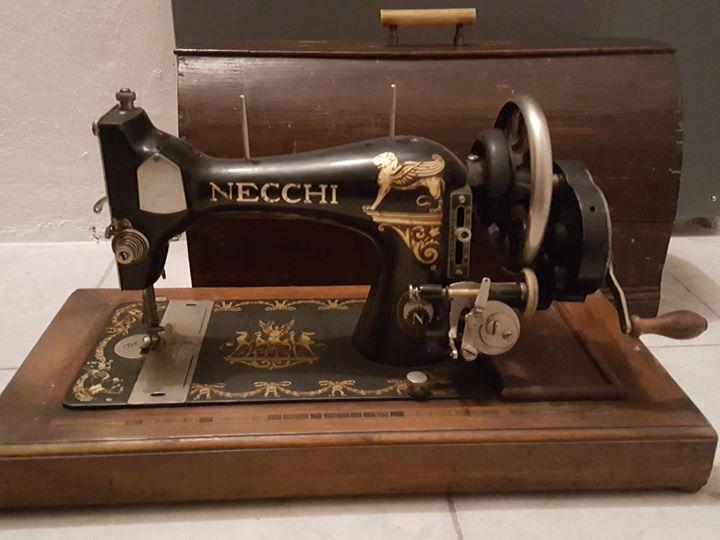 Macchina da cucire necchi primi novecento 150 firenze for Macchina cucire necchi