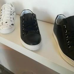 Stock 30 paia calzature uomo made in italy €10 -...