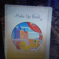Trousse €5 - Seregno Trousse pupa Forma di libro Prezzo...