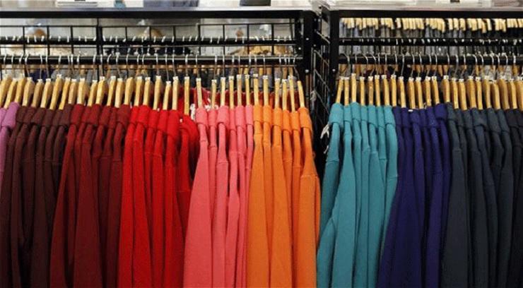 013fe4f7e256 Annunci di stock abbigliamento