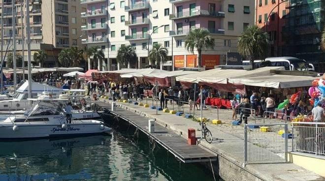 mercato-darsena-riviera-delle-palme-savona