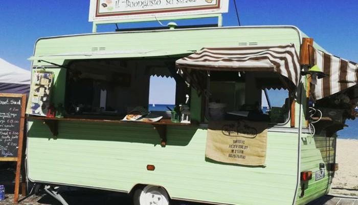 Vendita e noleggio roulotte omologate per lo street food for Vendo stock mobili
