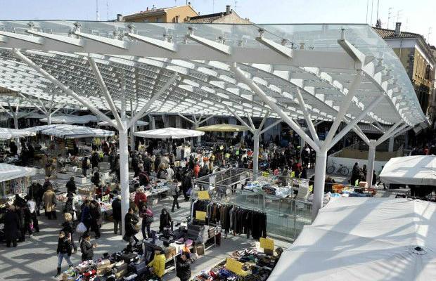Piazza-Ghiaia