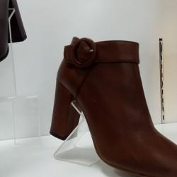 Stock fine serie tunisia €5 740pz Stivali e stivaletti di...