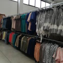 stock abbigliamento donna €3 - Portogruaro stock abbigliamento donna, disponibili...