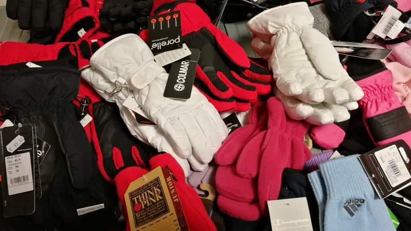 Stock Scarpe Abbigliamento Donna Annunci.it
