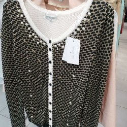4da757f21fcbc6 Vendo Stock Abbigliamento | A.A.A. - Annunci AmbulAnti