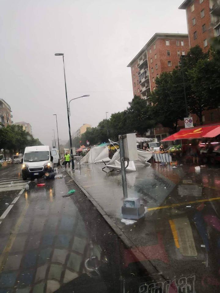 mercato-piazza-bengasi-torino-tromba-d-aria