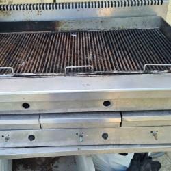 griglia gas pietra lavica 2